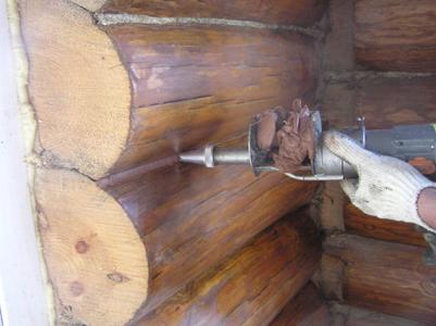 Герметизация швов сруба