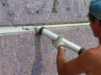 Герметизация стыков чугунных и пластиковых труб